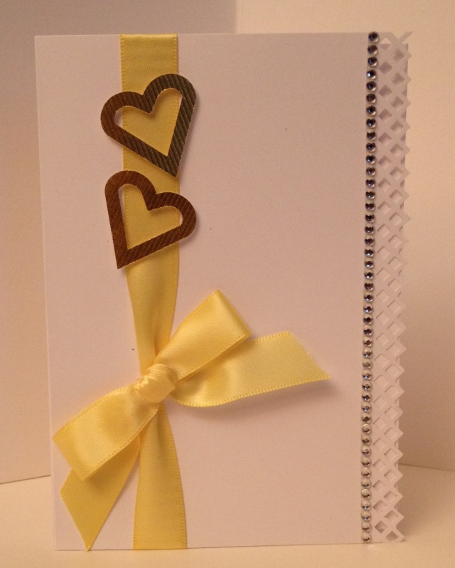 150-LAC Ribbon Hearts yellow 8-2015
