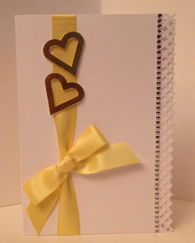150-LAC Ribbon Hearts yellow 8-2015