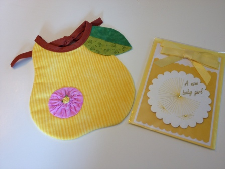 LAC Bib Pear & Card