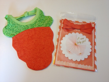 LAC Carrot bib & Card