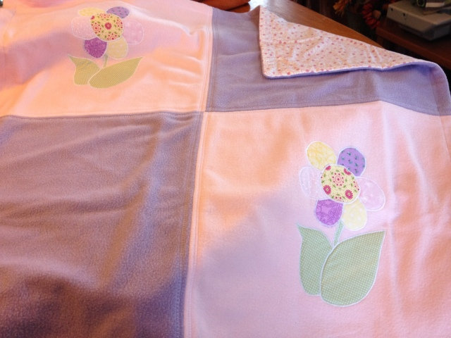 LAC Fleece Flower blanket