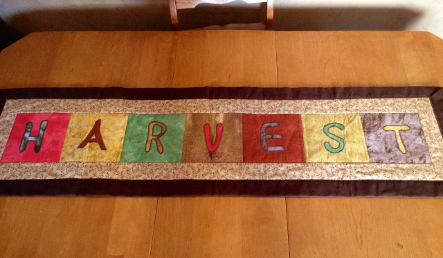LAC Harvest Table Runner 8-2014