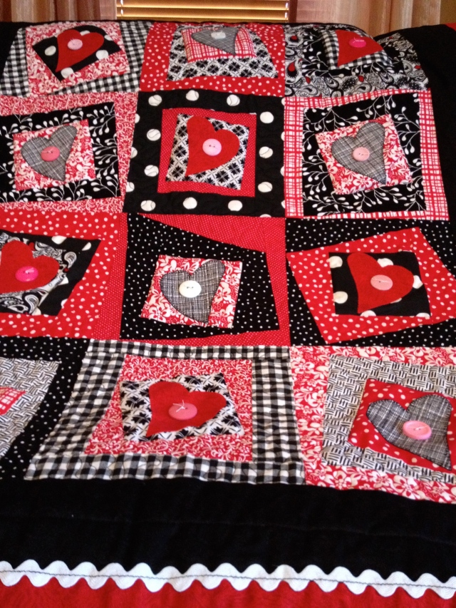 LAC Heart Quilt 1-2015 b